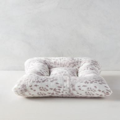 Snow Leopard Bed - Platinum