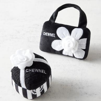 Chewnel Toy Set