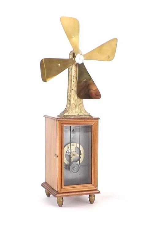 1890's Zephyr Tall Clockwork Fan Paris