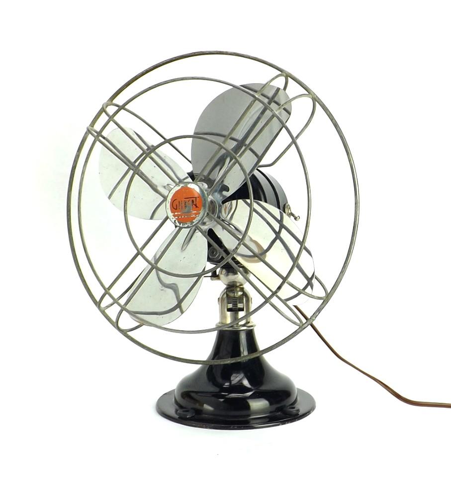 "Circa 1930's Gilbert A33 10"" Oscillating Desk Fan Beautiful Original Condition"