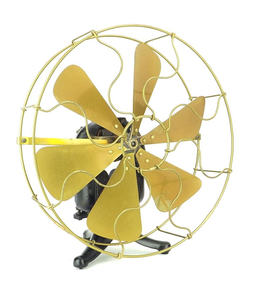 1895 Knapp Electrical Novelty Company Kenco Battery Bipolar Style Fan