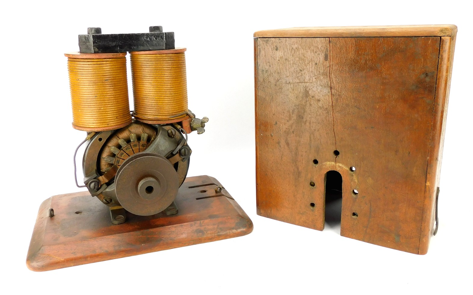 1887 C&C Electric Motor Co. Bipolar Utility 1E Wood Case Stencil Tag