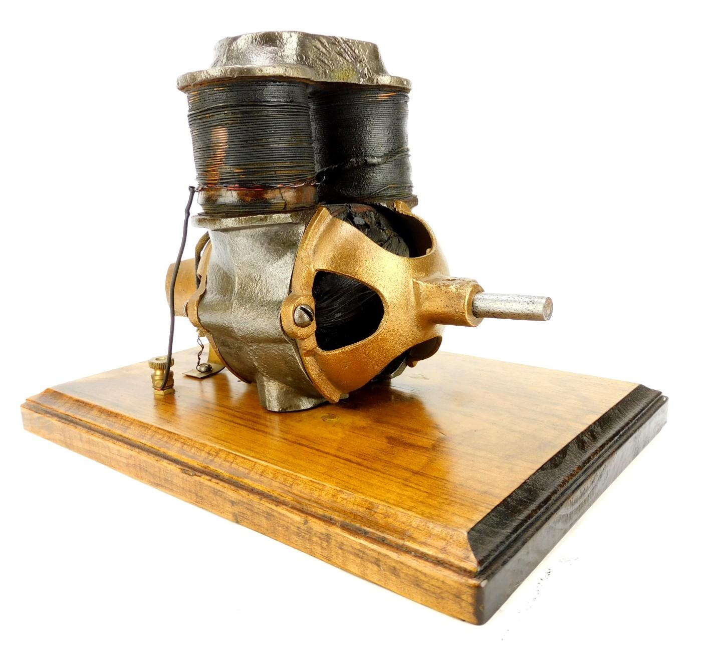 1900 Carlisle  And Finch Bipolar Electric Motor