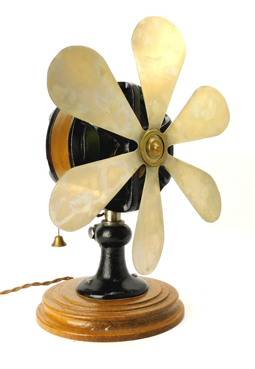 """Very Rare Froment Principle 12"""" Desk Fan"""