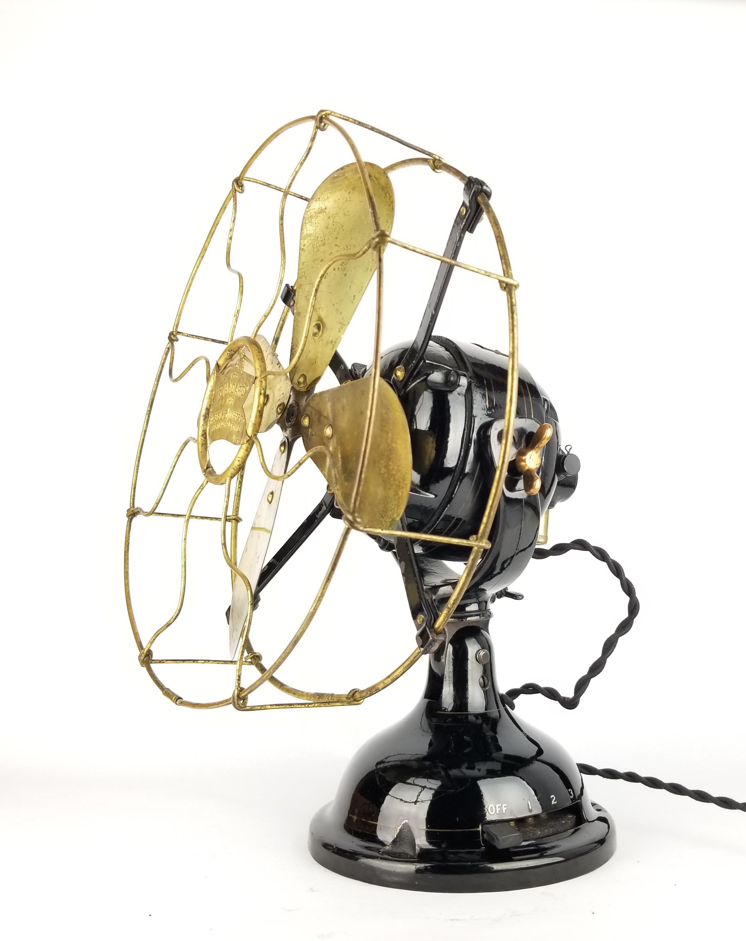 Circa 1912 Robbins & Myers 30v DC Trunnion Mounted Desk Fan