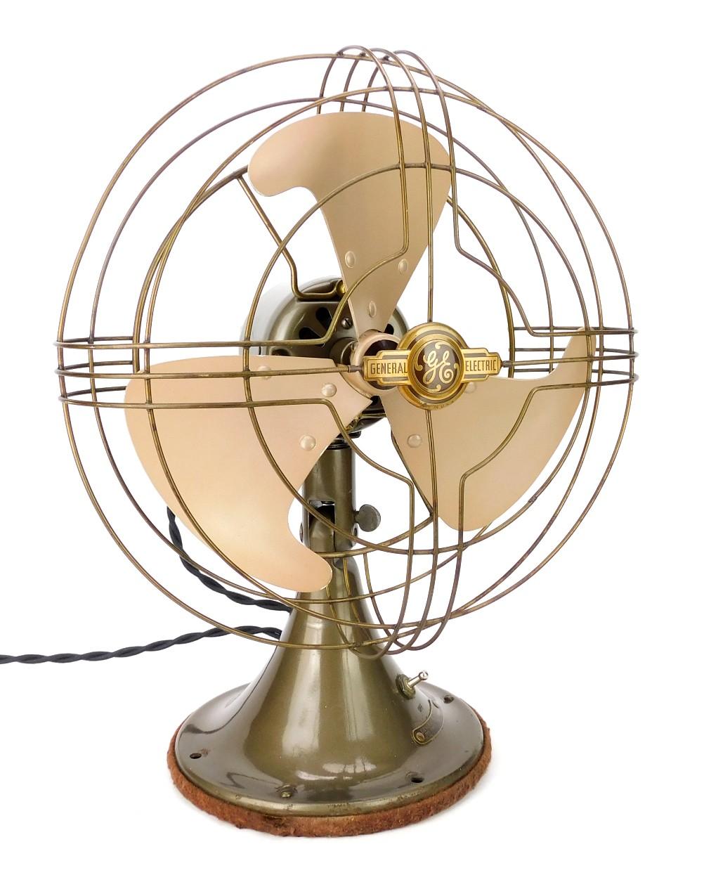 "Circa 1940's 10"" General Electric Vortalex Oscillating Desk Fan All Original"