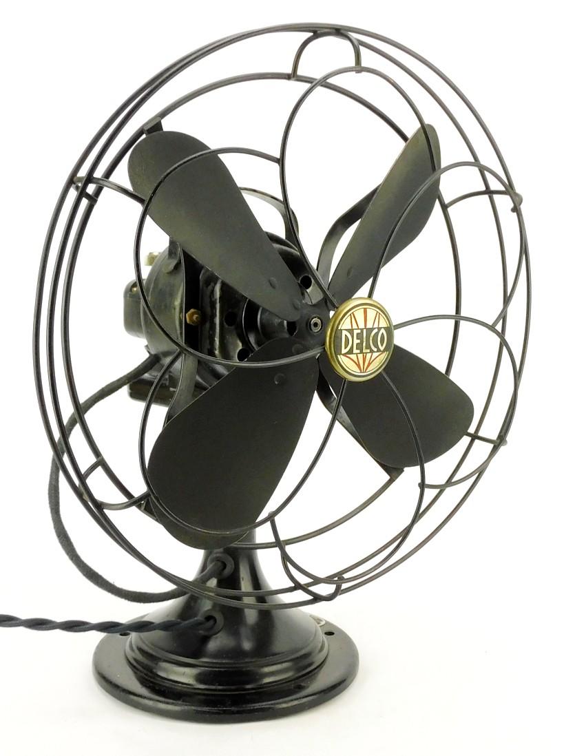 "Circa 1935 10"" Delco Oscillating Desk Fan Original Condition"