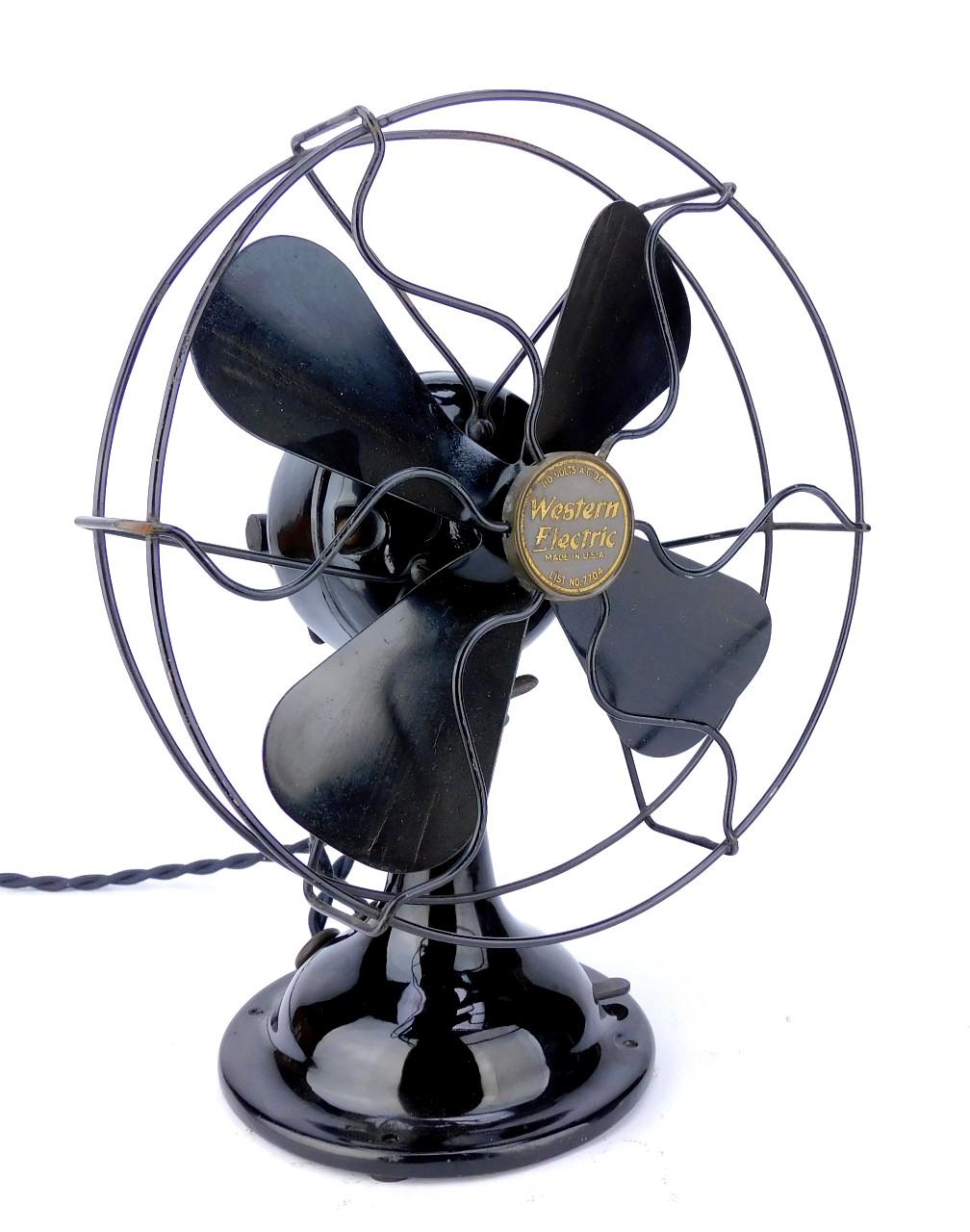 """Circa 1920 Western Electric List No. 7704 AC/DC 8"""" Desk Fan"""