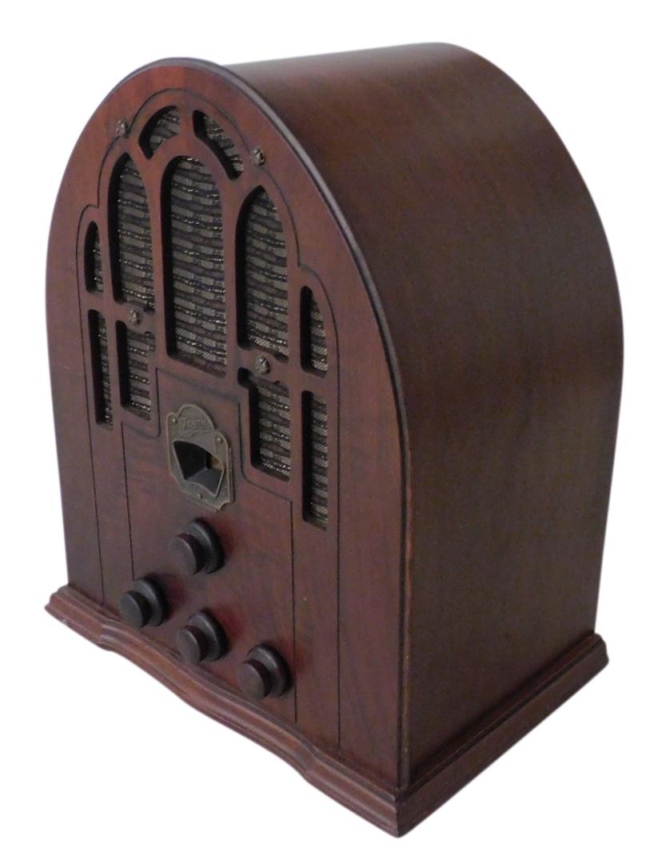 1940's Zenith Model 805 Serial #K223738. 5 Tube Cathedral Radio