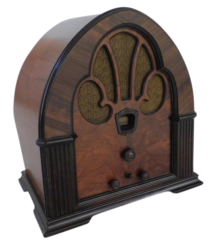1931 Philco 90 Super Heterodyne Cathedral Radio