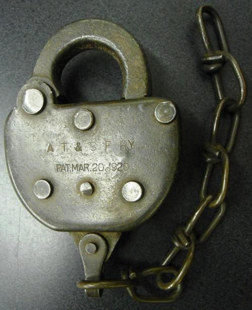 Adlake AT & SF RY Padlock - NO Key