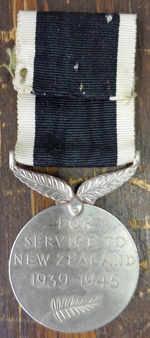 New Zealand WWII War Service Medal w/Ribbon
