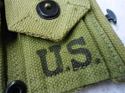 U.S. WWII M1903 D.M. Shoe Co. Clip Pouch Belt