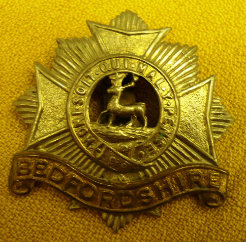 British WWI Bedfordshire Cap Badge