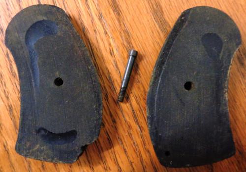 Harrington & Richardson American Bulldog 38 Grips with Connecting Screw