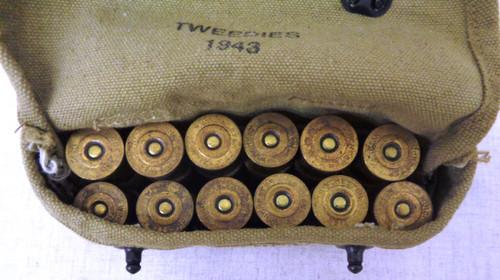 U.S. WWII Shotgun Ammunition Pouch with Brass 12 ga. 00 Buck Shells
