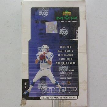 2000 Upper Deck MVP Football Hobby Box
