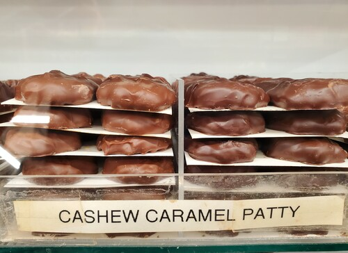 Cashew Caramel Patties
