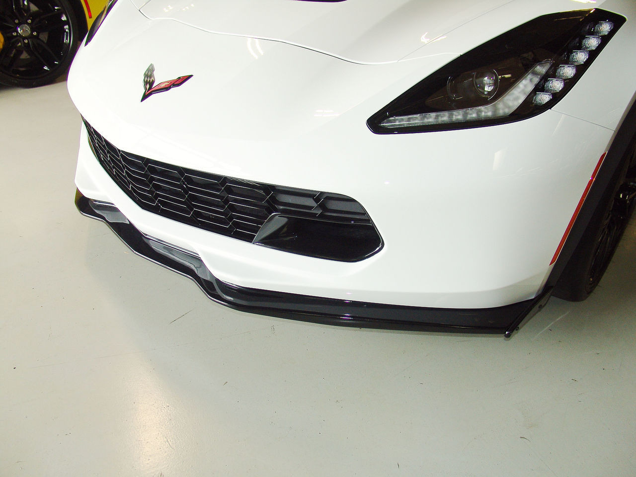 C7 Z06 STAGE 2 FRONT SPLITTER CARBON FLASH