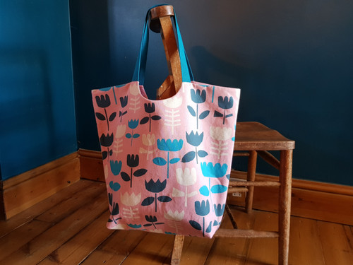 *NEW* Cut Away Tote Bag