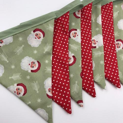 Christmas Bunting Kit - Santa and Spots