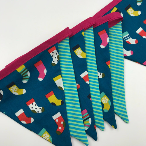 FREE Christmas Bunting Project