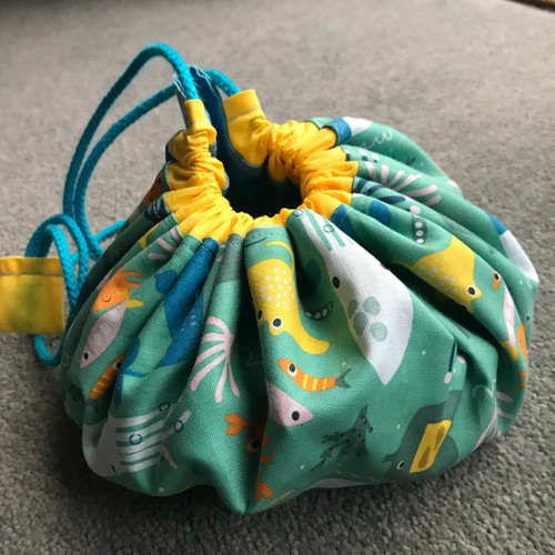 FREE Drawstring Toy or Make-up Tidy Project