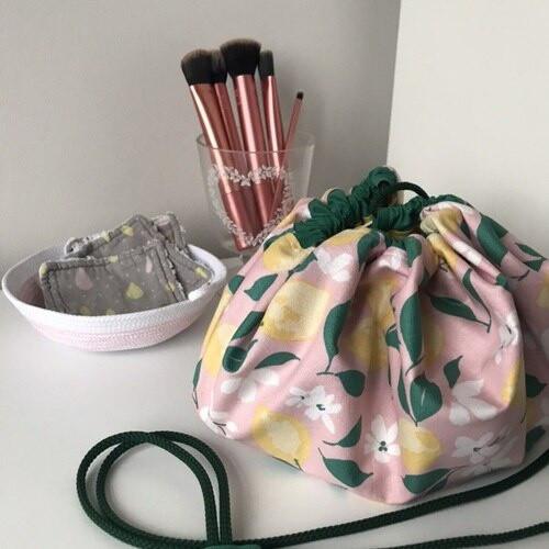 The Sewing Projects - Make-up Tidy