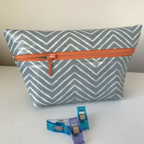 The Sewing Projects - 2 x Oilcloth Pocket Purse