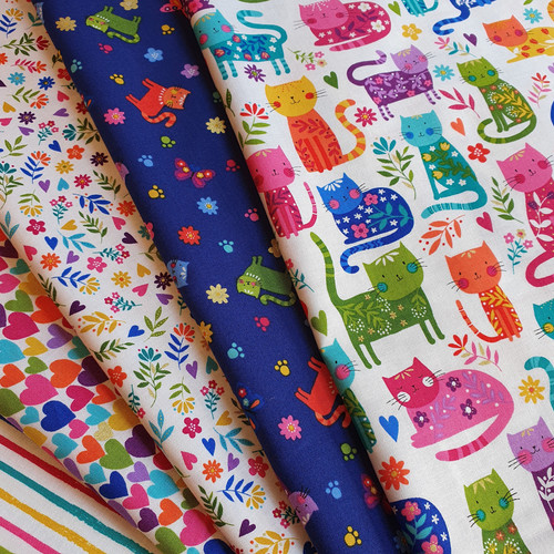 Katie's Cats 5 fat quarter bundle