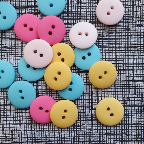 Matte 2-hole Buttons 18mm- Assorted Colours