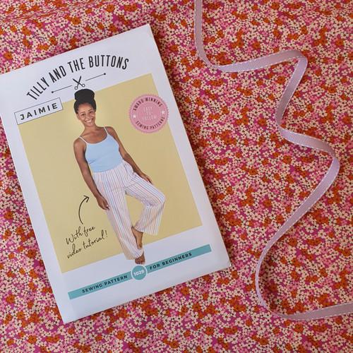 Jaimie PJ Bottoms Dressmaking Kit in Art Gallery Retro Prarie