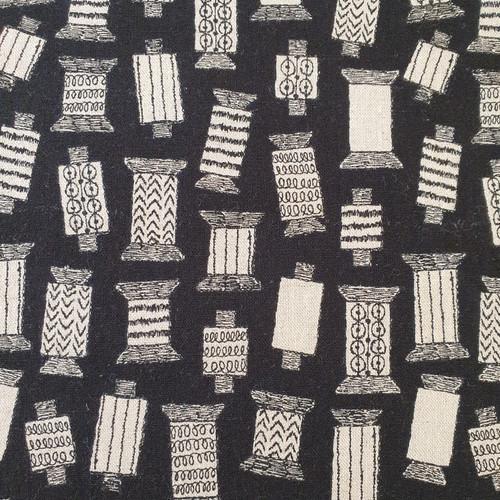 Spools Cotton Linen Canvas in Black