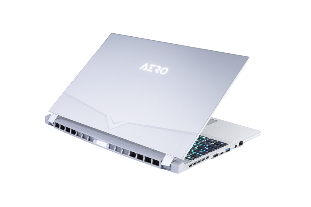 AERO 15S OLED XA-7US5130SP UHD AMOLED i7-9750H NVIDIA GeForce RTX 2070 Max-Q GDDR6 8GB 16GB RAM 512GB M.2 PCIe SSD Windows 10 Pro  [SILVER]