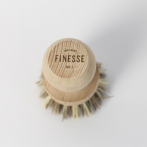 Finesse Cast Iron Brush