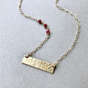 Sending Love Necklace - Gold
