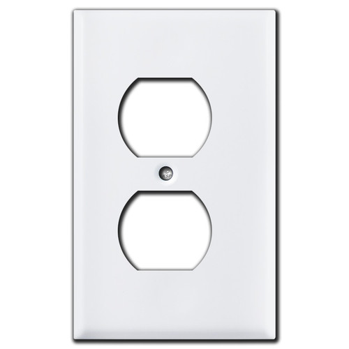 "1/8"" Trimmed Narrow Duplex Outlet Cover - White"