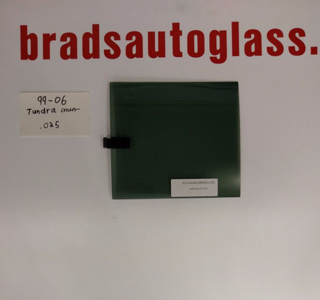 99-06 Tundra CENTER GLASS Sliding Rear Window Back Glass Slider