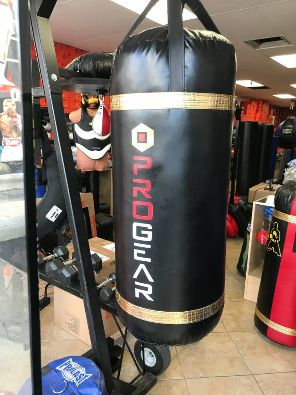 a9e6c11eb PROGEAR 4FT XL 200LB BOXING   MMA HEAVY PUNCHING BAG