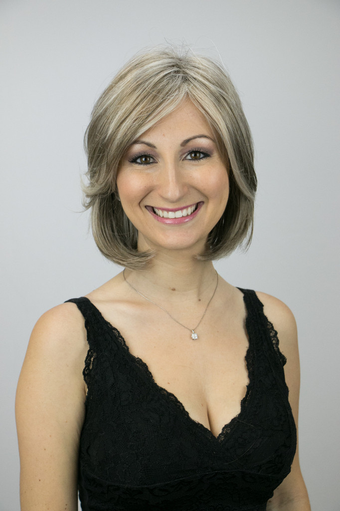Frosted Taupe / Alana / Medium Wig
