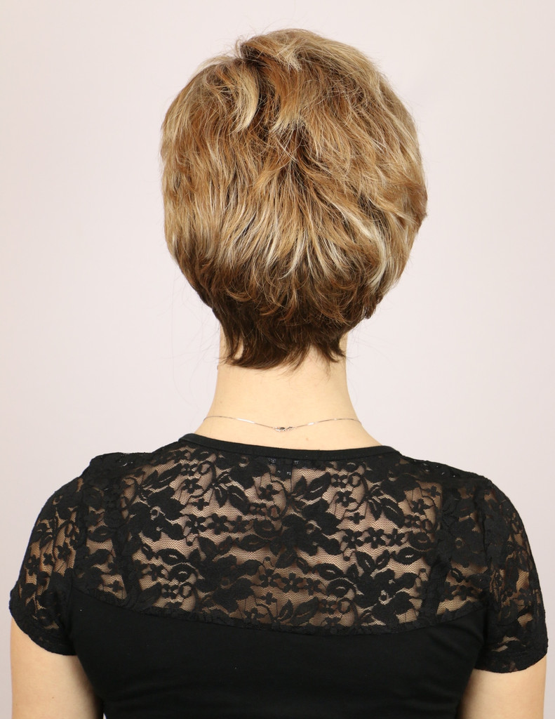 Nutmeg-F / Mia Lace Front w/ Roots / Short Wig
