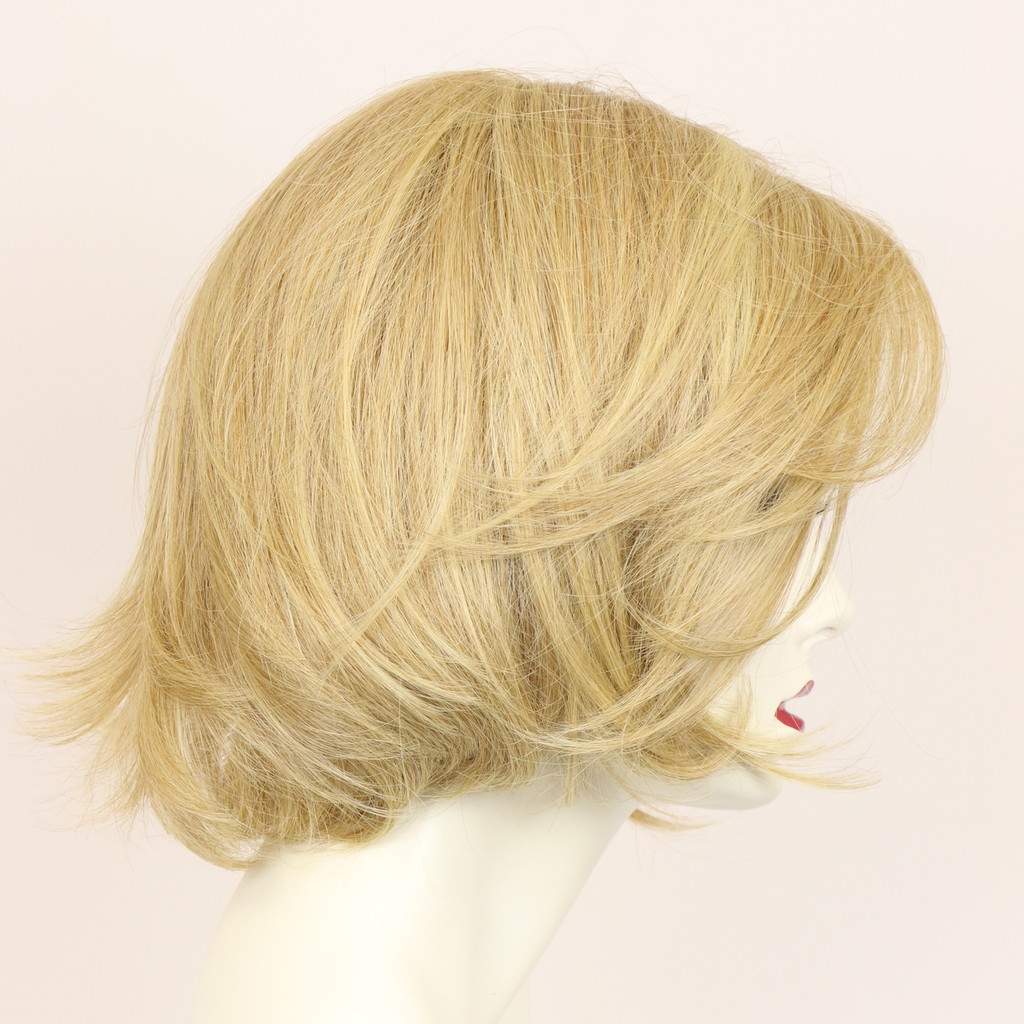 Honey Blonde / Julia LF / Medium Wig
