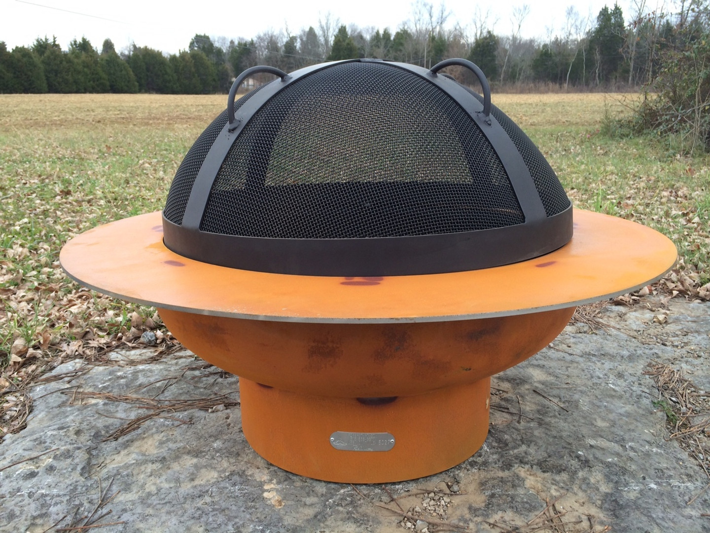 "The SG-27.5"" Artisan Spark Guard is handcrafted to rest on the tabs welded on the ID (inner diameter) of the Saturn bowl.  The SG-27.5 is designed to specifically fit Saturn and no other Fire Pit Art offering."
