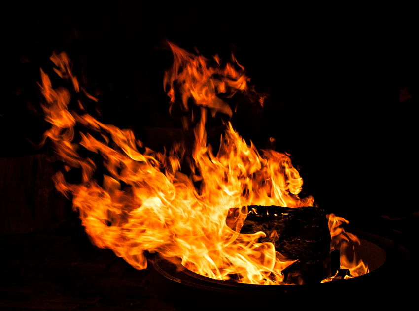 Do's and Don'ts of Fire Pit Safety