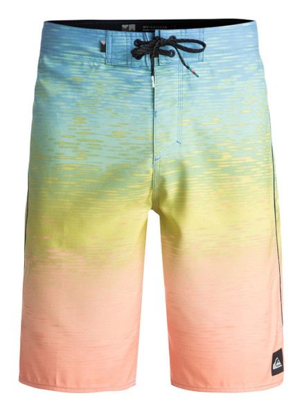 Quiksilver Momentum Fader Boardshorts