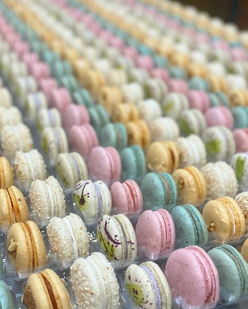 Macaron Box - 25 Pieces