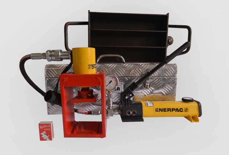 Portable Shotcrete Beam Tester