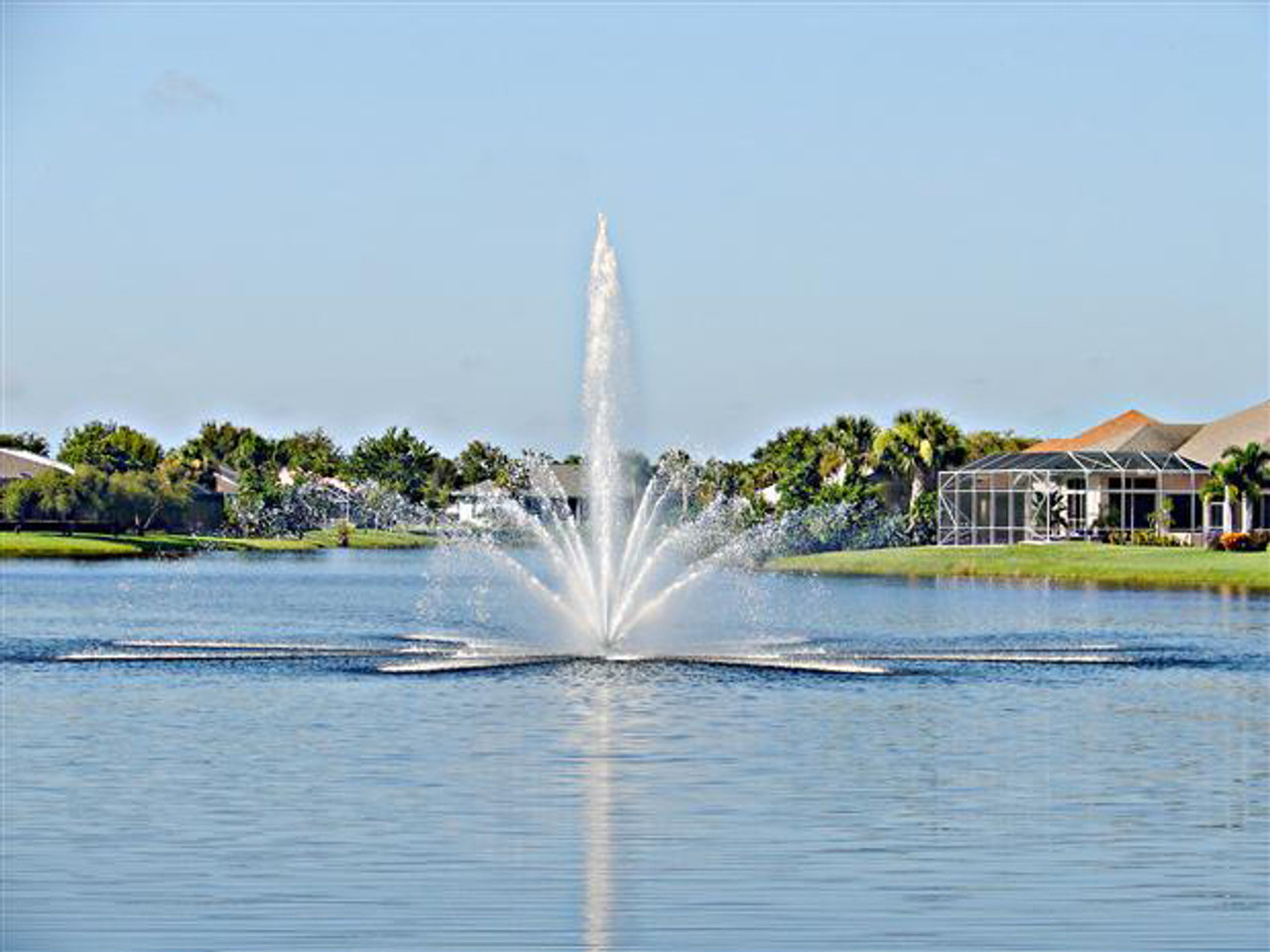 Lake Fountains