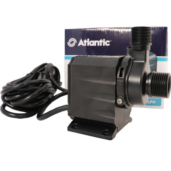 Garden pond pump with detachable prefilter
