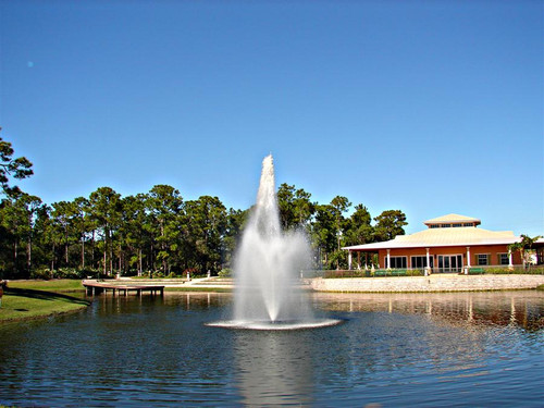 Aquamaster fountain with Biscayne Pattern